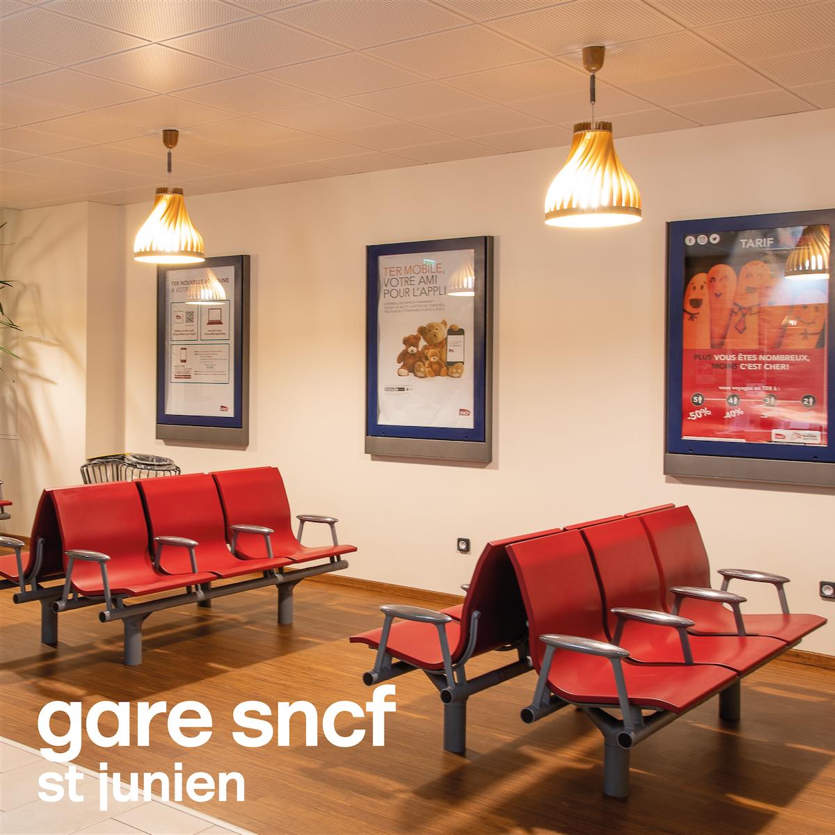 gare SNCF St Junien (87) / salle d'attente